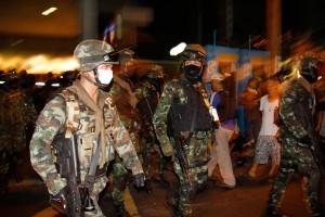 thai night-army